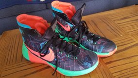 NIKE HYPERDUNK in Plainfield, Illinois