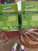 Swiffer Dry Sweeper Sheets in 29 Palms, California