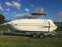 2002 Glastron GS279 Express Cruiser with trailer in Camp Lejeune, North Carolina
