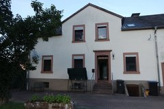 Spacious 4 bed room house with big yard in Niersbach - 15 mins from base in Spangdahlem, Germany