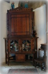 rare antique corner cabinet with facetted glass in Ramstein, Germany