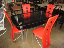 New modern table with 4 chairs in Fort Campbell, Kentucky