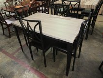 Nice table with 4 chairs in Fort Campbell, Kentucky