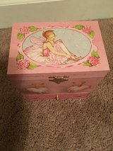 Little Girl's Ballerina Jewelry Box in Beaufort, South Carolina