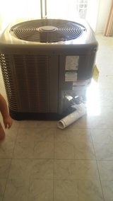 2.5 Ton Outdoor AC Unit in Bellaire, Texas