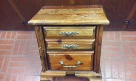 Antique 2-Drawer Night Stand circa 1980s in Batavia, Illinois