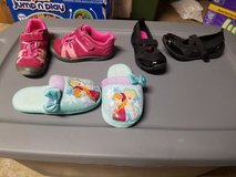 Size 11 girls shoes in Fort Drum, New York