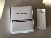 Apple USB SuperDrive & mini display port in Fort Bliss, Texas