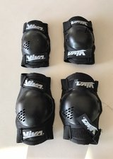 kids elbow and knee protectors in Fort Bliss, Texas