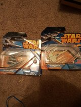 Star Wars Hot Wheels (Vulture Droid + X-wing) in Lawton, Oklahoma