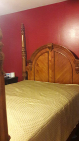 4 post bed in Lockport, Illinois
