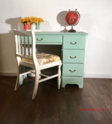 """""""Chelsea"""" Beautiful Mint Desk and Chair in Baumholder, GE"""