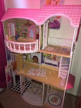 Gorgeous wood doll house dollhouse Barbie house play in Travis AFB, California