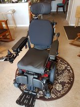 Quantum brand power chair, Model Q6 Edge 2.0, with warranty in Westmont, Illinois
