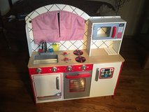Kidaire kitchen/barbecue wooden play set in Chicago, Illinois