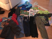 Huge lot boys clothes size 5 in Sugar Grove, Illinois
