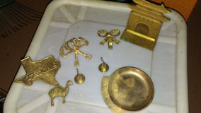 Assorted Brass Items in Fort Campbell, Kentucky