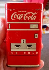 1950s COCA~COLA TIN LITHO TOY VENDING MACHINE  COIN BANK in Fort Knox, Kentucky