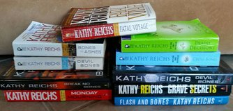 Lot of 10 Kathy Reichs Books-Hardbound & Paperback in 29 Palms, California