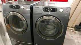 Front Loader Washer & Dryer in Cherry Point, North Carolina