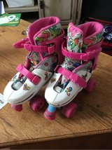 Girls Sketchers Skates 1-4 in Fort Campbell, Kentucky