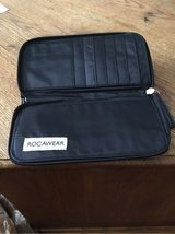 Rocawear Black Clutch in Fort Campbell, Kentucky