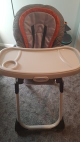 Graco Duodiner 3 in 1 highchair in Lockport, Illinois