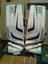 Warrior g2 goalie pads jr, 31 in Watertown, New York