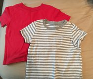 Lot of 2 Baby Gap shirts size 18-24 months in Fort Riley, Kansas