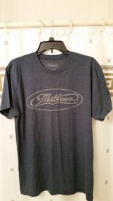 Mathews T-Shirt/ size Large/ new in Oswego, Illinois