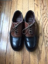 ALLEN EDMONDS JACK NICKLAUS GOLF SHOES - SIZE - 9 1/2 D - VERY NICE!!! in Naperville, Illinois