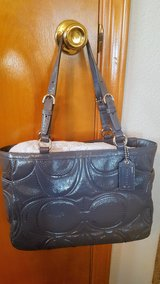 Coach Grey Patent Leather Tote in Alamogordo, New Mexico