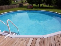 27' above ground pool in Clarksville, Tennessee