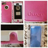 iPhone 5, 5s cases: Otterbox & Point Mobl in Morris, Illinois