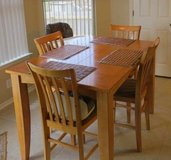Dinning room table and chairs in Cannon AFB, New Mexico