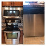 stove, microwave, dishwasher in Hopkinsville, Kentucky