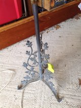 Wrought iron leaf lamp in St. Charles, Illinois