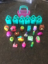 Shopkins(18) with Shopping bags (6) and shopping crate(1) in Oswego, Illinois