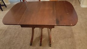 Vintage Duncan Phyfe Folding Leaf Table in Providence, Rhode Island