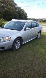 09 Chevy Impala in Fort Campbell, Kentucky