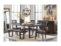 ASHLEY PARLONE DINETTE SET W/ 6 CHAIRS in Honolulu, Hawaii