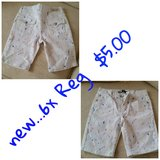 Girls Jean shorts, paint splattered..new in Joliet, Illinois