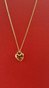 Tiffany and Co. 18ct yellow gold keyhole necklace in Okinawa, Japan