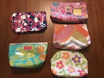 Lilly Pulitzer Estée Lauder and Clinique makeup bags- lot of 5 in Warner Robins, Georgia