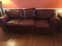 Leather Couch in Glendale Heights, Illinois