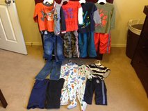 Boys 2T winter clothing in Belleville, Illinois