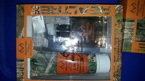 Brand New Realtree Gift Sets in Fort Campbell, Kentucky