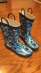 Boys Water Boots Size 2 in Fort Campbell, Kentucky