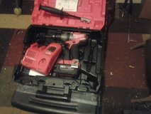 1/2 drive hammer drill with battery and charger in Fort Campbell, Kentucky
