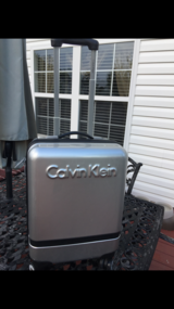 NICE CALVIN KLEIN HARD CASE (CARRY ON ) in Camp Lejeune, North Carolina